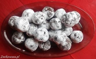 czekoladowe pralinki z likierem