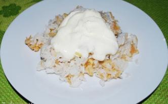 ryż zapiekany z jabłkami i cynamonem