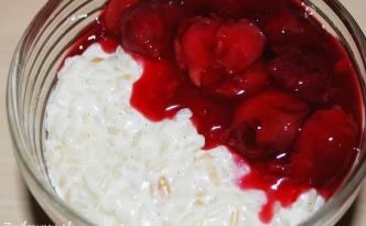pudding ryżowy i kisiel wiśniowy