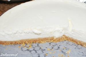 biały sernik cytrynowy