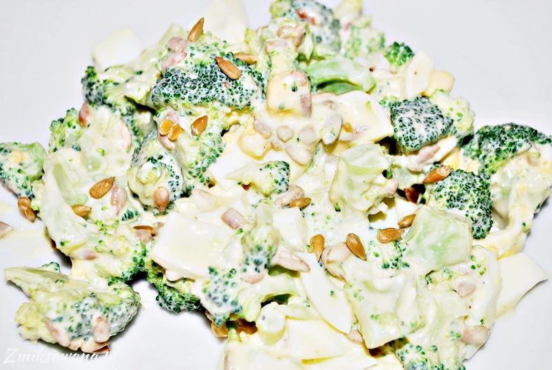 Salatka Z Brokulami I Jajkiem Blog Kulinarny Zmiksowana Pl