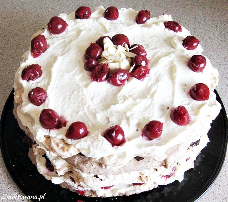 Szwarcwaldzki tort bezowy
