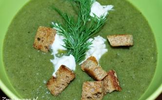 Krem z brokułów i jarmużu