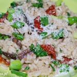 Risotto z grzybami i suszonymi pomidorami