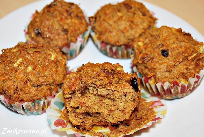 Muffinki marchewkowo-jabłkowe. z rodzynkami i żurawiną