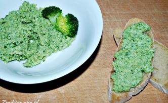 Pasta z brokułów, jajek