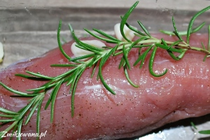Polędwiczka wieprzowa z rozmarynem
