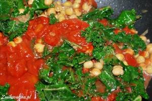Ciecierzyca, jarmuż, pomidory