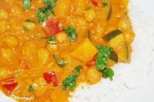 Curry z dynią, ciecierzycą