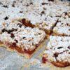 Ciasto kruche ze śliwkami i cynamonem